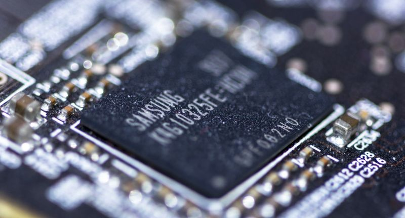dust, dusty, dusted, lint, dirty, dirt, motherboard, mobo, samsung, microchip, chip, electronic, electronics, circuit, circuitry, transistor, computer, macro, dust, dusty, dusted, lint, dirty, dirt, motherboard, mobo, samsung, microchip, chip, electronic, electronics, circuit, circuitry, transistor, computer, macro